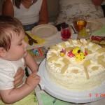 18. Moje pierwsze urodziny. Dużo gości, prezentów i wrażeń.